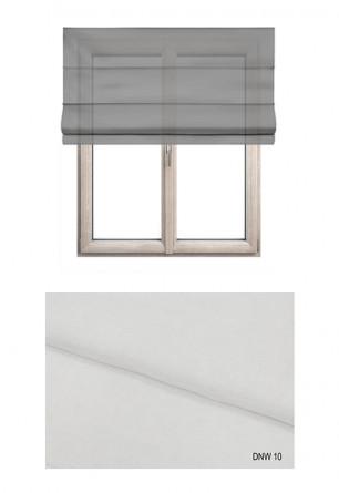 Roleta rzymska w delikatnej firankowej tkaninie transparentnej w kolorze białym (DNW10).