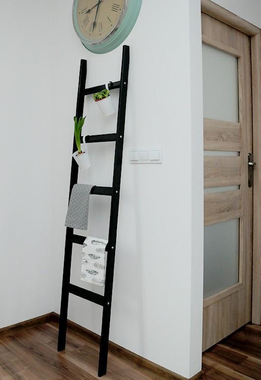 DRABINKA WIESZAK CZARNY 40x180