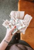 Próbki tkanin do rolet rzymskich przygotowane przez Nasze Domowe Pielesze