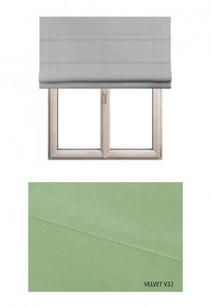 Roleta rzymska zaciemniająca o zielonym odcieniu kolorystycznym (V32) w kolekcji VELVET na wymiar.