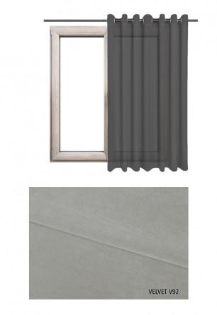 Zasłona na kołach w tkaninie o szarym odcieniu (V92) z kolekcji VELVET na wymiar.