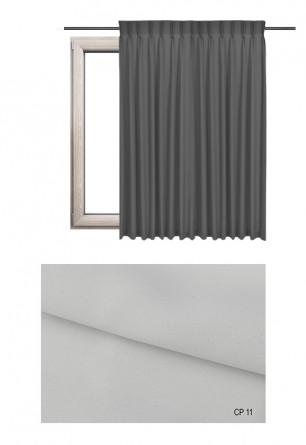 Zasłona na haczykach microfleks w pełni zaciemniającej tkaninie (90-100%) w białym odcieniu (CP11) na wymiar.