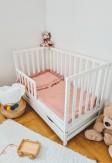 Dwu częściowy komplet pościeli niemowlęcej z falbaną - kolor pudrowy róż.