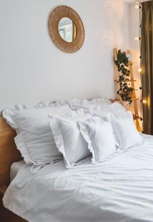 Biały bawełniany komplet pościeli z falbaną 160x200 200x220