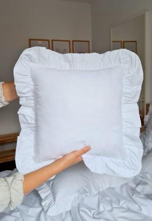 Biała bawełniana poszewka (jasiek) z ozdobną falbaną 40x40