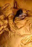 Bawełniany komplet pościeli w miodowym kolorze z falbaną 160x200 200x220