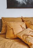 Bawełniana poszewka zamykana na zakładkę z troczkami w miodowym kolorze 70x80, 50x60, 40x40