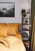 Bawełniana poszewka z ozdobną falbaną w miodowym kolorze 70x80, 50x60, 40x40 - Nasze Domowe Pielesze
