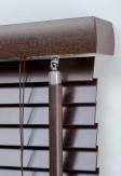 Żaluzja drewniana 25mm na wymiar w kolorze KAKAO