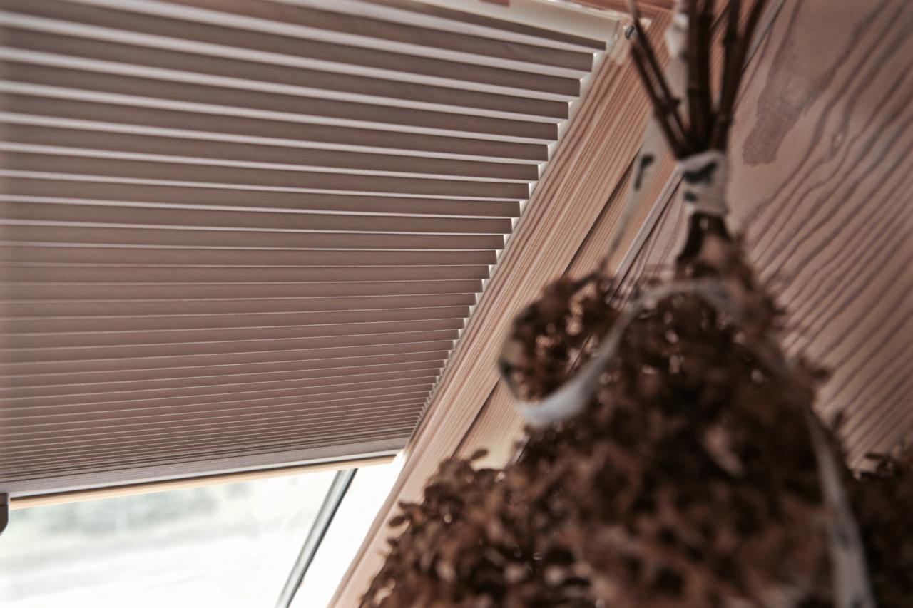 plisa na okno dachowe nasze domowe pielesze