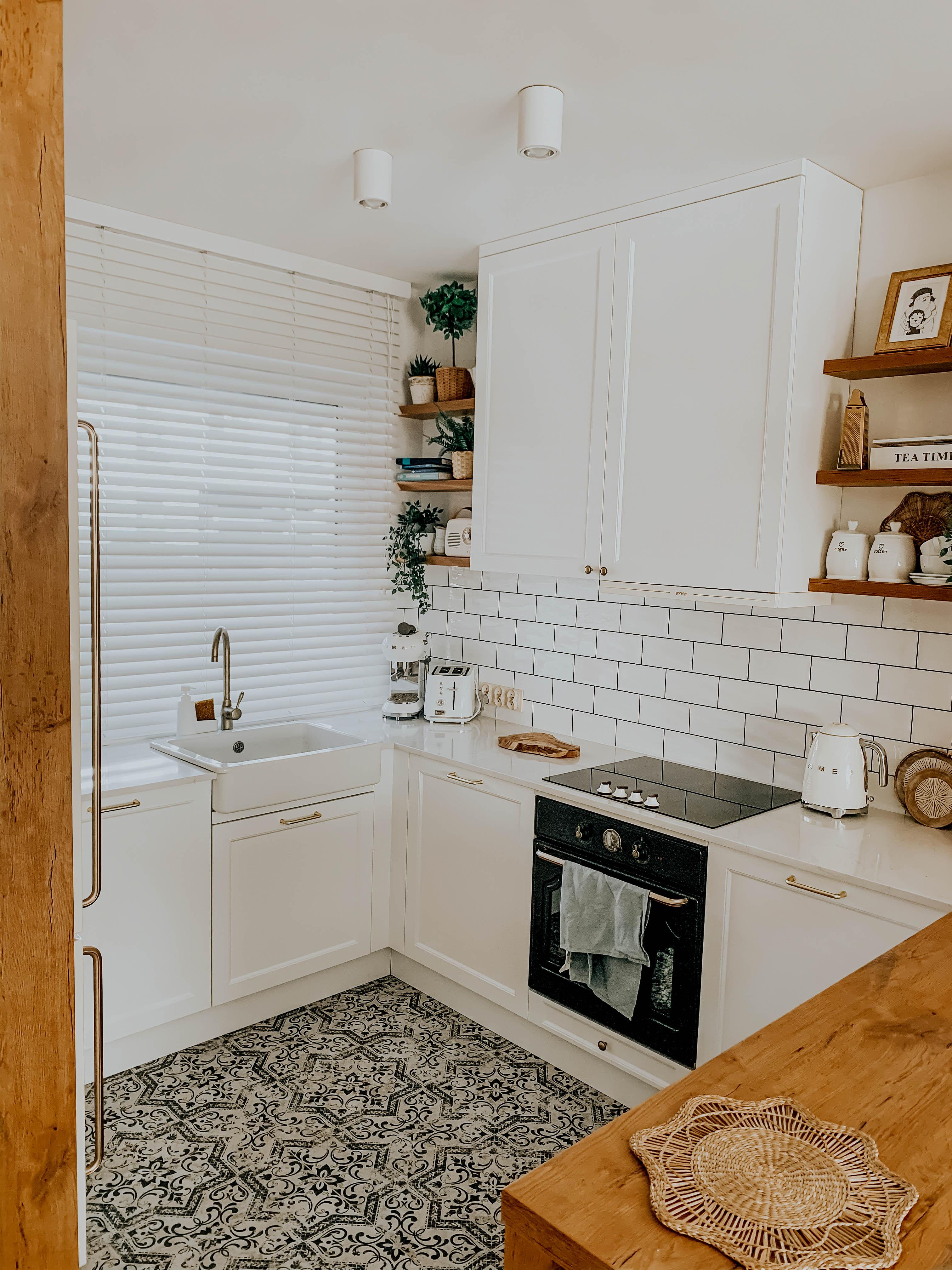 biel i drewno w kuchni nasze domowe pielesze